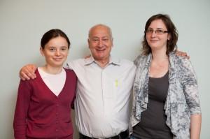 Elena Loghin cu Jack Newman şi Irina Popescu